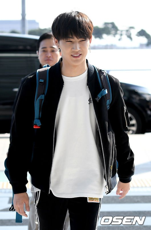 PIC|PRESS] 171023 Incheon Itl Airport heading to Cook Island